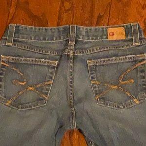 BKE 27x31 1/2 star 18 stretch Jeans.